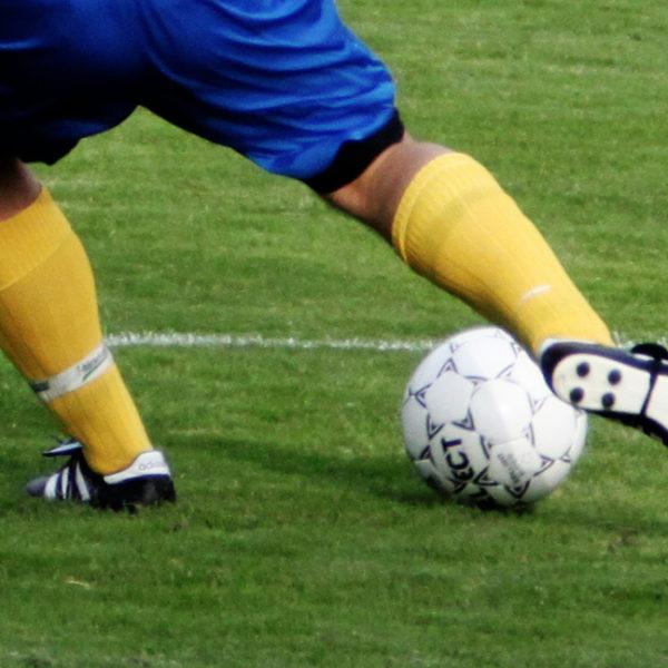 Fotboll - Bollbehandling i Månstad