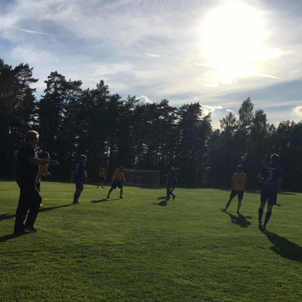 Månstad spelar mot Ljungsarp